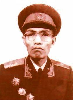 他姓张,浙江人,105岁;迄今为止,他是张姓最长寿开国将军